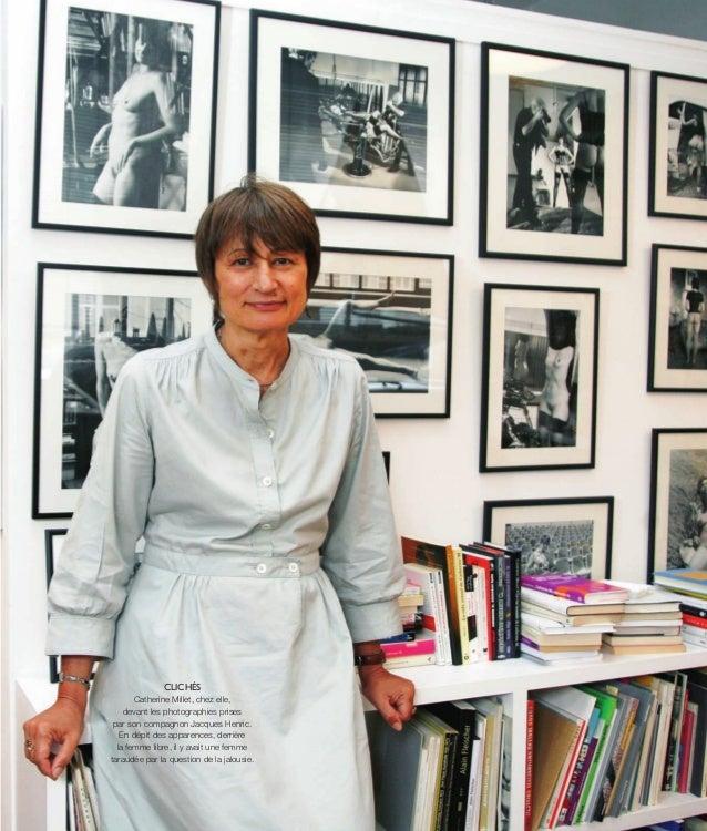 ©XXXXXX CLICHÉS Catherine Millet, chez elle, devant les photographies prises par son compagnon Jacques Henric. En dépit de...