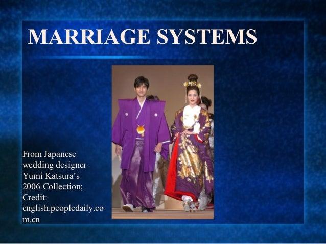 MARRIAGE SYSTEMSFrom Japanesewedding designerYumi Katsura's2006 Collection;Credit:english.peopledaily.com.cn