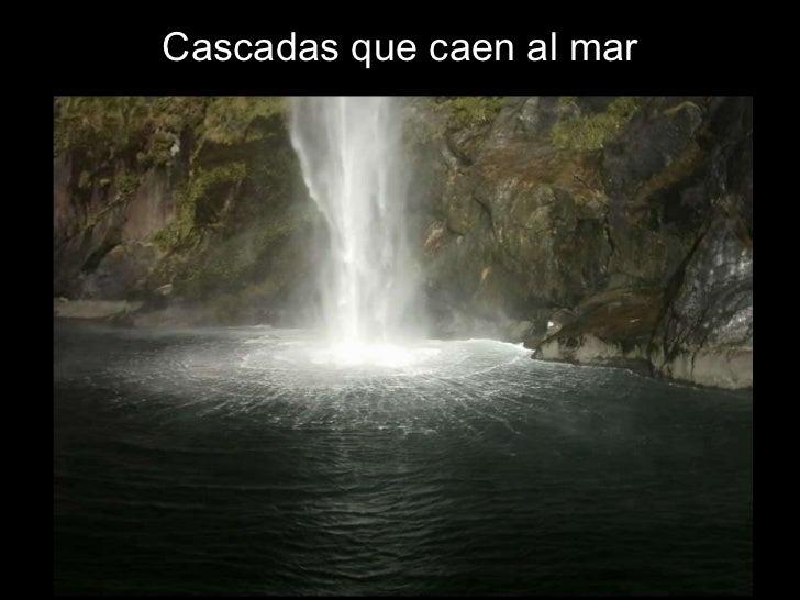 Cascadas que caen al mar