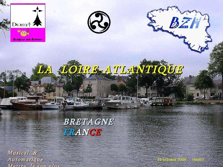 LA   LOIRE-ATLANTIQUE BRETAGNE  FR AN CE 26 octobre 2009   FRANCE Musical  & Automatique  .  Mettre  le son plus fort