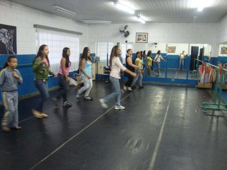 Aula de Dança - Cáritas São Pedro Apóstolo