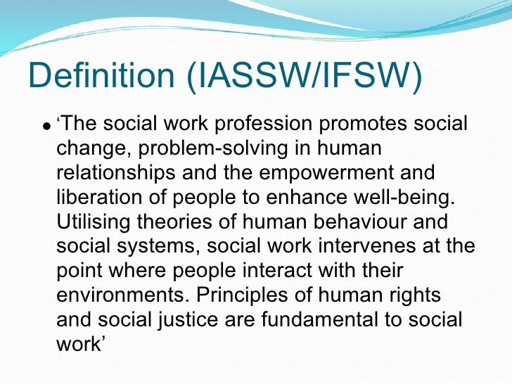 Understanding the Role of a Social Worker