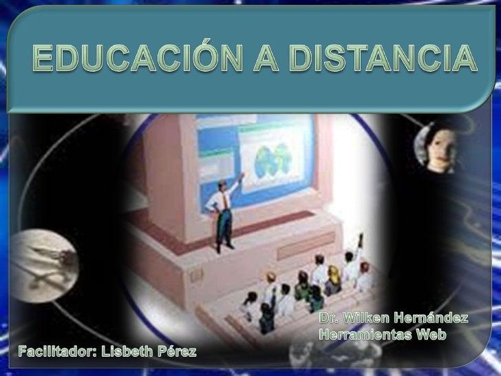 Es una estrategia educativa basada en el uso intensivo de las nuevas tecnologías,estructuras operativas flexibles y método...