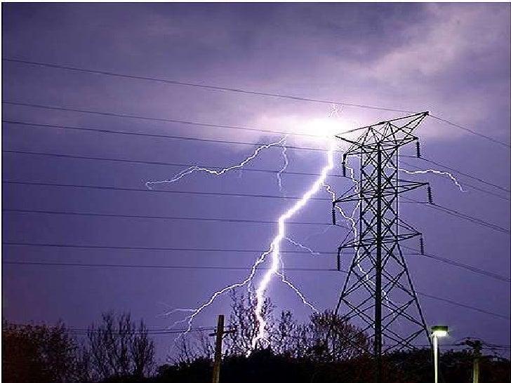 LA ELECTRICIDAD ES UN FENOMENO FICICO CULLO ORIGEN SON LASDESCARGAS ELECTRICAS CUYA ENERGIA SE MANIFIESTA EN FENÓMENOSMECÁ...