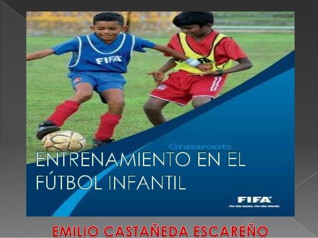 Entrenamiento futbol infantil