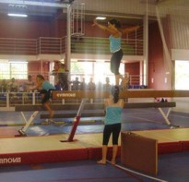 Exhibición de fin de curso del club de gimnasia artística de oropesa del mar