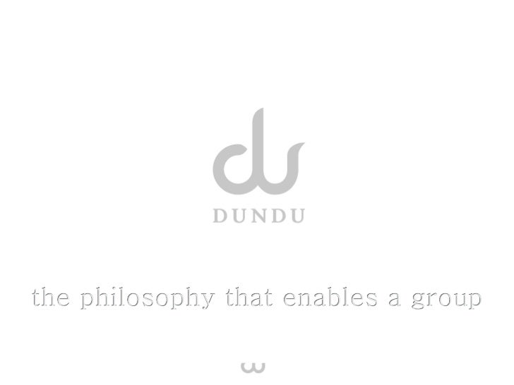 Dundu –  Du und Du: Zusammenspiel an der Großpuppe erfordert effek8ve       Kommunika8on und Zu...