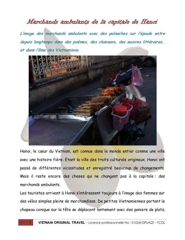 Marchands ambulants de la capitale de Hanoi L'image des marchands ambulants avec des palanches sur l'épaule entre depuis l...