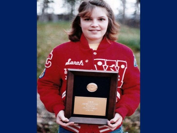 Sarah Palin At Age 17