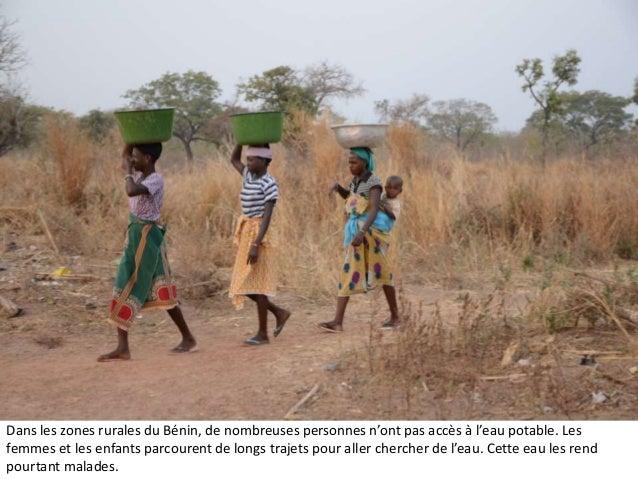 Dans les zones rurales du Bénin, de nombreuses personnes n'ont pas accès à l'eau potable. Les femmes et les enfants parcou...