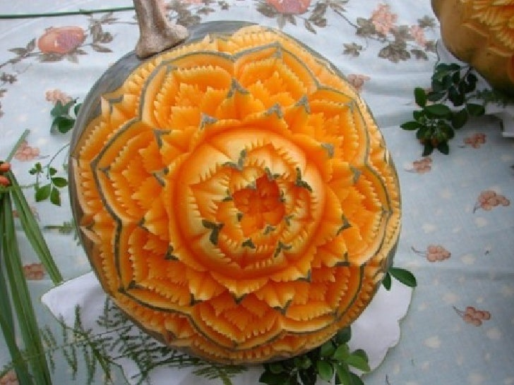 The intricate art of thai fruit vegetable carving