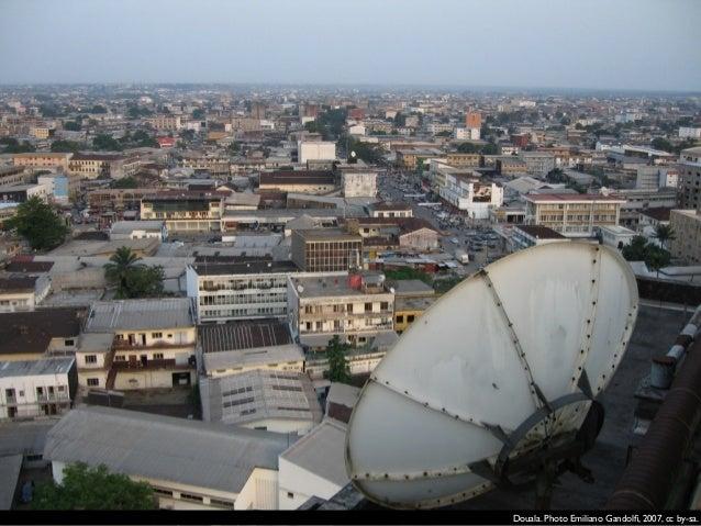 Salifou Lindou, Douala, 2010, cc by-sa.