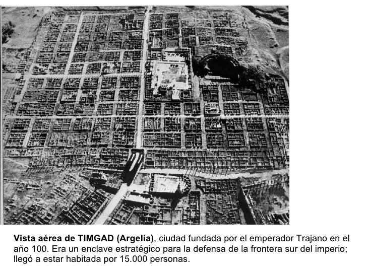 Vista aérea de TIMGAD (Argelia) , ciudad fundada por el emperador Trajano en el año 100. Era un enclave estratégico para l...