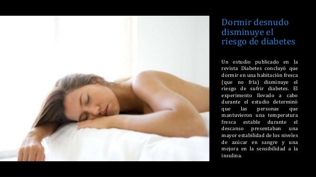 Ejercicio desnudo llevado a cabo en su habitación 9