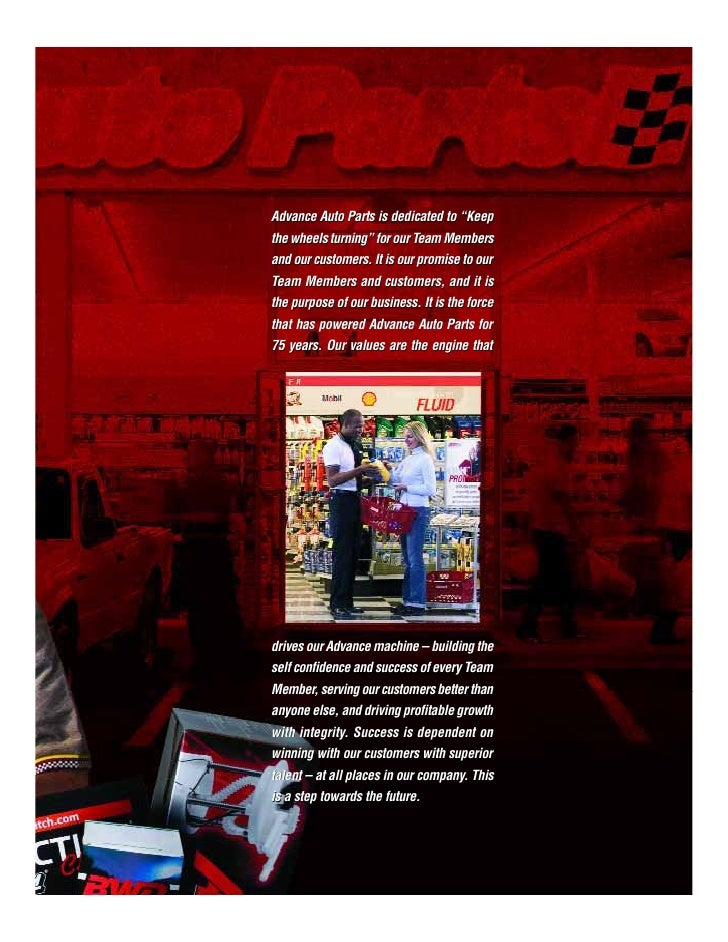 ADVANCE AUTO PARTS   2007 ANNUAL REPORT                                                   Jeff Magee, Store Manager in Pen...