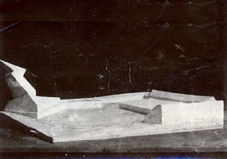 1920-22 Monumento en memoria de las víctimas del golpe de estado de Kapp, Walter Gropius Slide 3