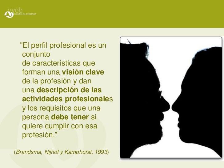 """Panel  """"Formación inicial y continua de docentes: hacia la construcción de perfiles idóneos para el contexto educativo actual. Experiencias latinoamericanas"""" Slide 2"""