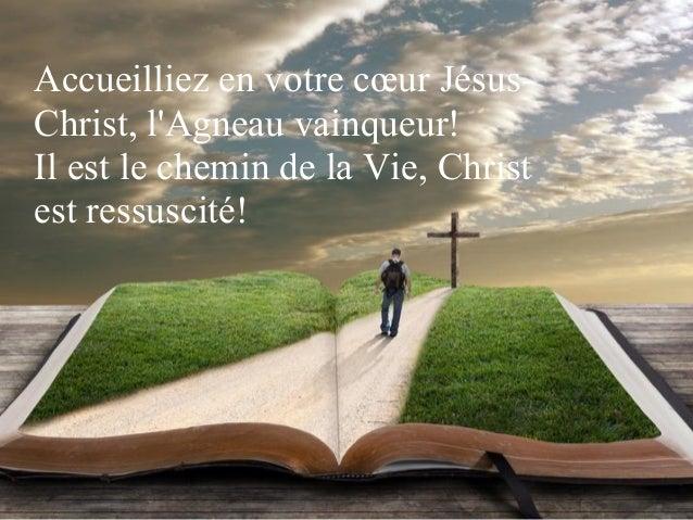 Criez de joie, Christ est ressuscité! Il est vivant comme il l'avait promis. Alléluia, Christ est ressuscité! Il nous ouvr...