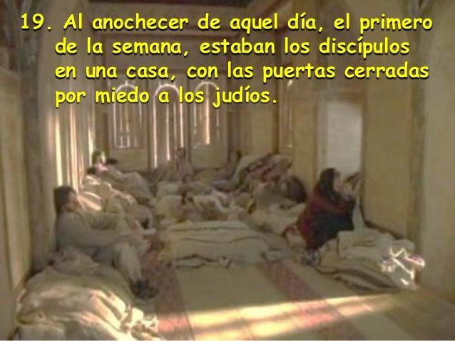 Resultado de imagen para Al anochecer de aquel día, el primero de la semana, estaban los discípulos en una casa