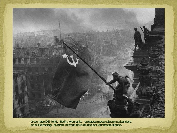 2 de mayo DE 1945.  Berlín, Alemania.  soldados rusos colocan su bandera  en el Reichstag,  durante  la toma de la ciudad ...