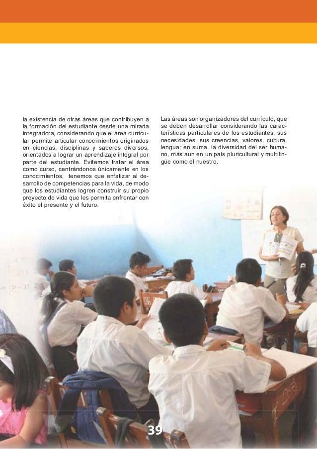 PARTE II 44 En la institución educativa y en el aula, vivir en democracia es fortalecer el concepto de comu- nidad, de int...