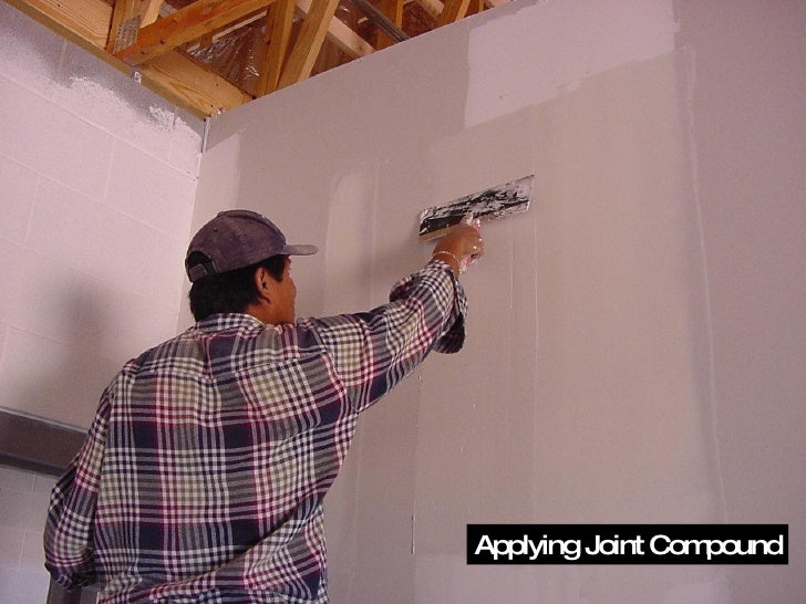 Applying Joint Compound