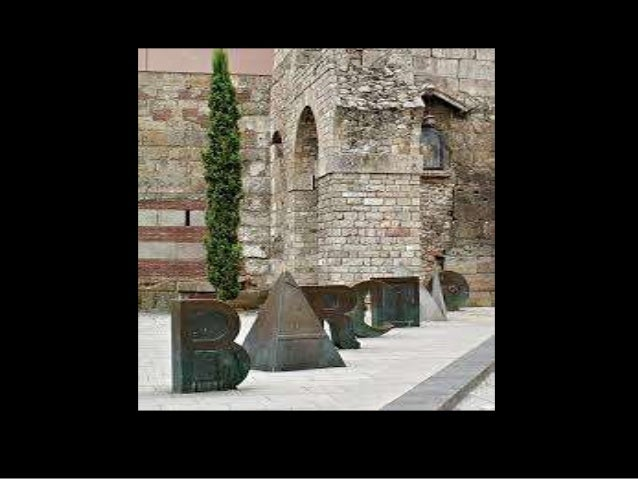LAS MURALLAS DE BARCINO • ¿Qué función tenían las murallas? • ¿Cómo se accedía a la ciudad? • ¿Quedan restos en la actuali...