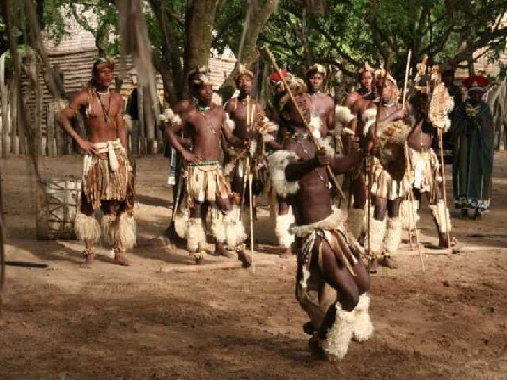 AFRIKA MAL ANDERS Slide 1