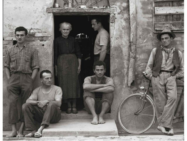Nel 1882, il comitato acquista il vecchio teatro di  Santa Radegonda per installarvi le dinamo                     Edison....