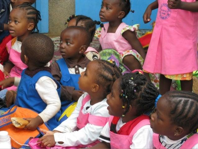 Album de fotos de una escuela infantil en Yaunde, Camerun Slide 2