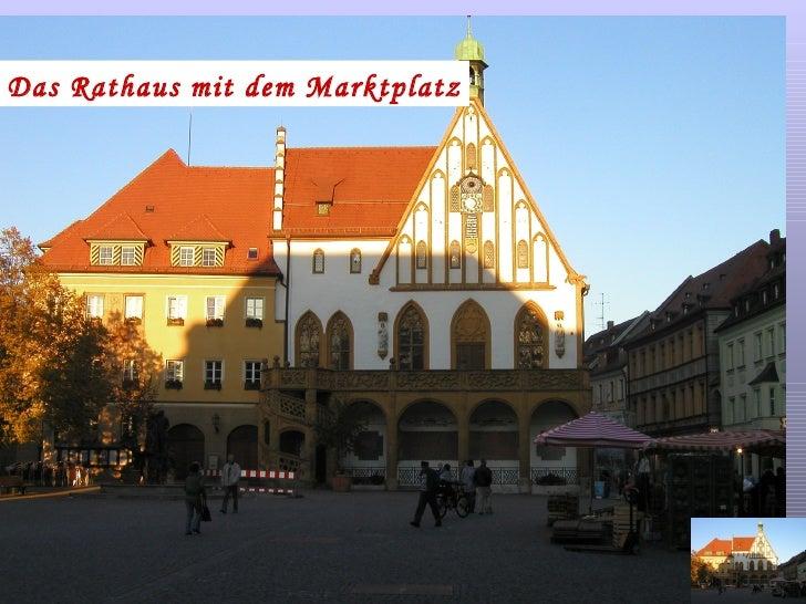 Das Rathaus mit dem Marktplatz