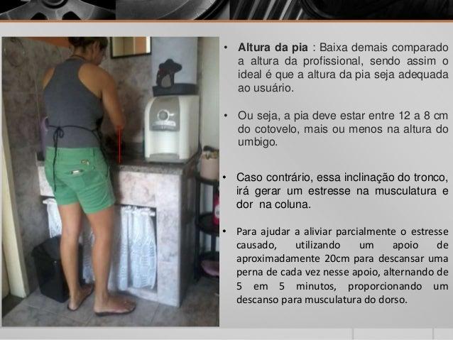 Atendendo o celular e segurando o secador. Punhos : movimentos de flexão constante, por 15 à 20 minutos e abdução de ombro...