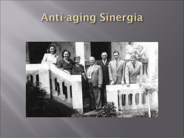 No passado as pessoas ao completarem 60 anos eram velhas ao 70 eram senis. Velhice = doença x sofrimento Com grande evoluç...