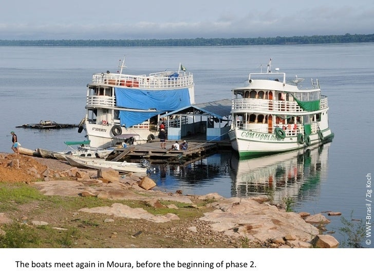 © WWF-Brasil / Zig Koch The boats meet again in Moura, before the beginning of phase 2.