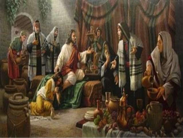 Lucas 7  36 Convidado por um dos fariseus para jantar, Jesus foi à casa dele e reclinou-se à mesa.  37 Ao saber que Jesus ...