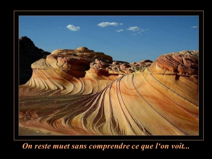 Le canyon vu d'en hautLe soleil qui entre par lesfailles provoque unphénomène de lumière etde couleurs…Regarde et apprécie …
