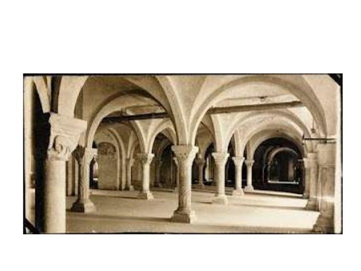 PINTURAA pintura gótica desenvolveu-se nos séculos  XII, XIV e no início do século XV, quando  começou a ganhar novas cara...