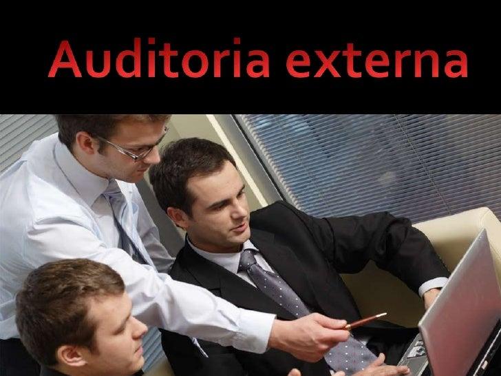 Examina y evalúa cualquiera de los sistemas de información de una organización y emite unaopinión independiente sobre los ...