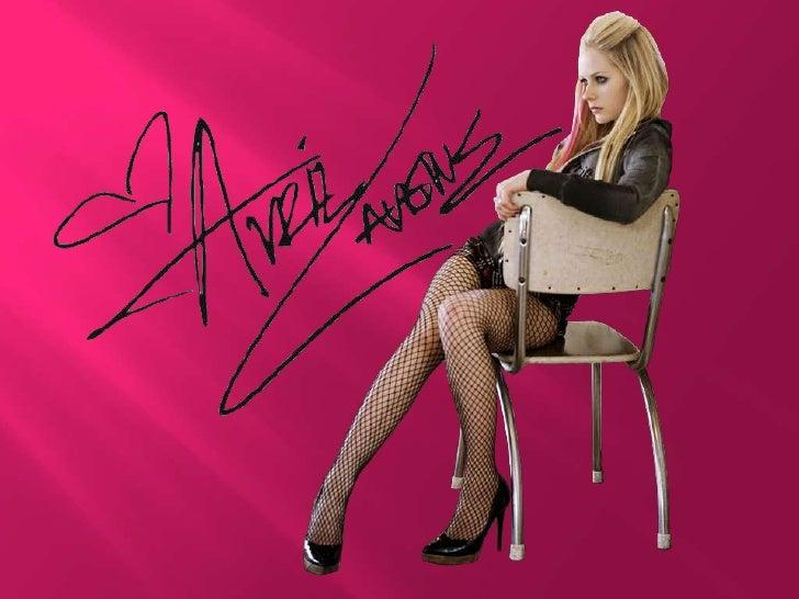 Avril Lavigne proviene de una familia cristiana de clase media. Ellaes hija de John y Judy Lavigne, ambos de origen franco...