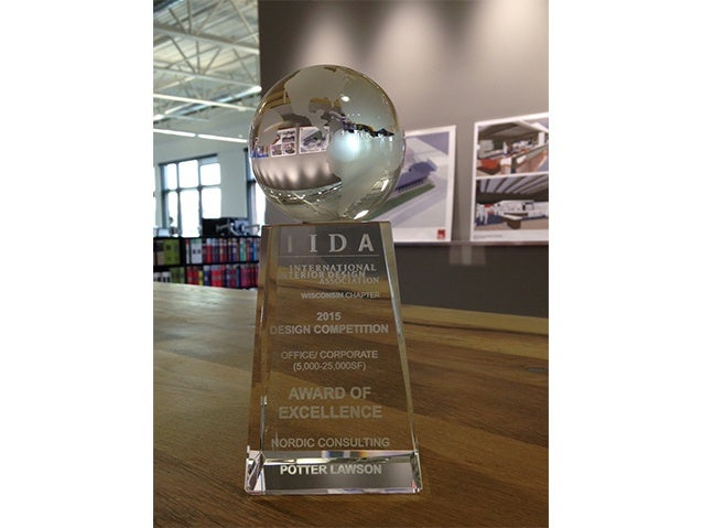 IIDA Award Of Excellence 21 U P W L
