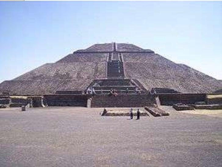 Las EsculturasLos Aztecas hacían esculturas de dioses, reyes, animales y objetos.Usaban piedra, madera y cerámica, que emb...