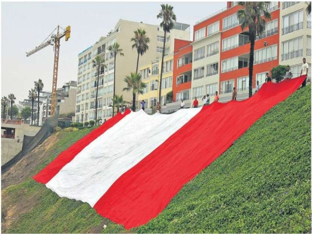 Bandera peruana costa verde