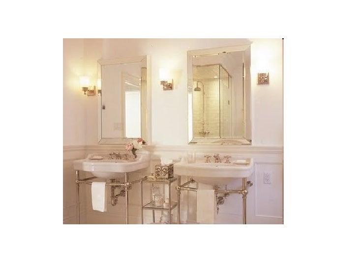 bathroom pictures 1930s art deco theme. Black Bedroom Furniture Sets. Home Design Ideas