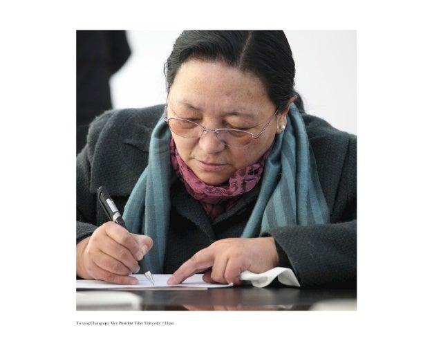 10   Policemen in Lhasa : Lhundrup, Hgelsang Dorjee