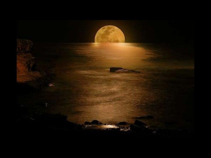 « La lune au jour est tiède et pâle  Comme un joyeux convalescent;Tendre, elle ouvre ses yeux d'opale D'où la douceur du c...