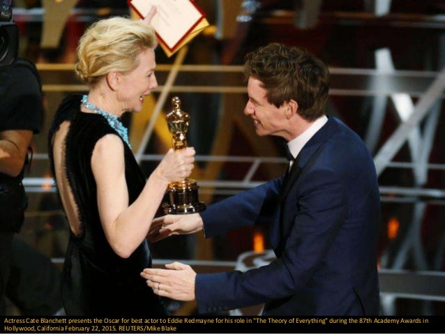 "Actress Cate Blanchett presents the Oscar for best actor to Eddie Redmayne for his role in ""The Theory of Everything"" duri..."