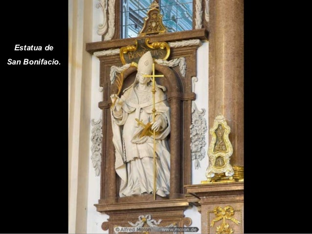 Estatua deSan Bonifacio.