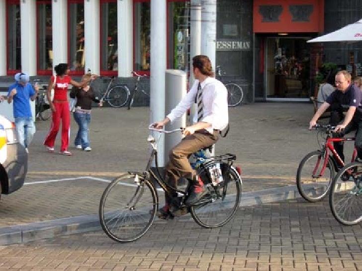 Bicicletas en Amsterdam Slide 1