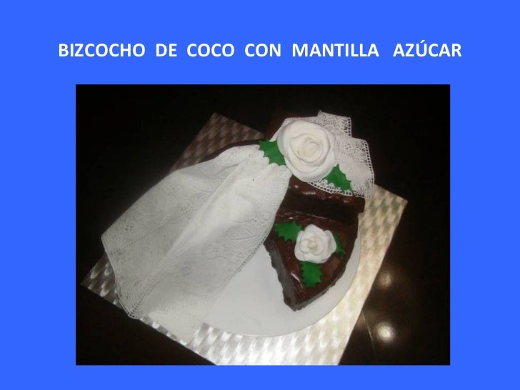 BIZCOCHO  DE  COCO  CON  MANTILLA  AZÚCAR