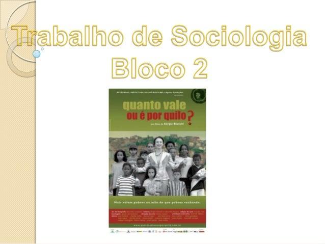 ONG é uma associação organizada que se caracteriza por solidariedade sem fim lucrativo. No filme, as ONGs são lugares de c...